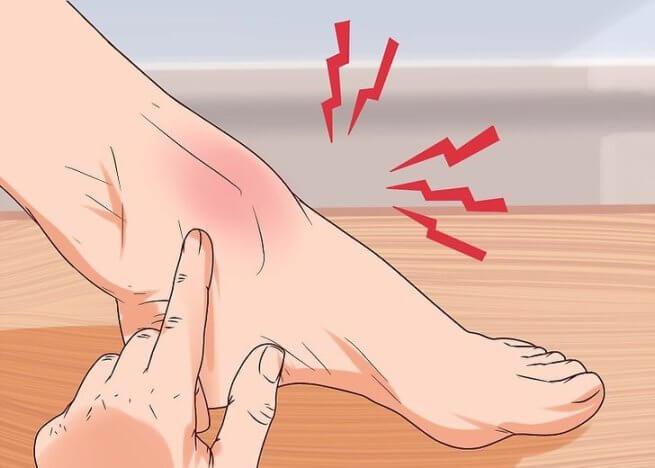 Боль при нажатии на место травмы