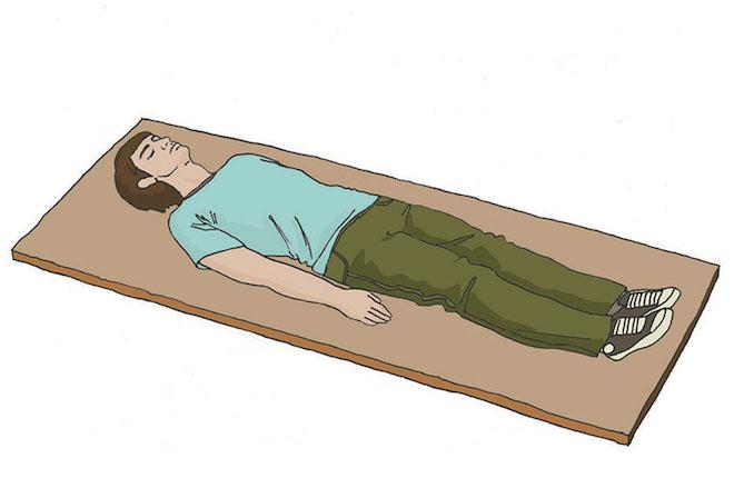 Первая помощь при травмах позвоночника